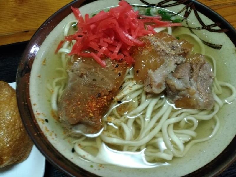 田舎 安謝店:紅生姜&七味&コーレーグス