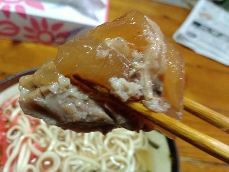 田舎 安謝店:ソーキそば実食 軟骨ソーキ
