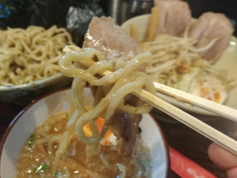 麺道 くろとん:つけG麺デラMAXジャンキー 実食③