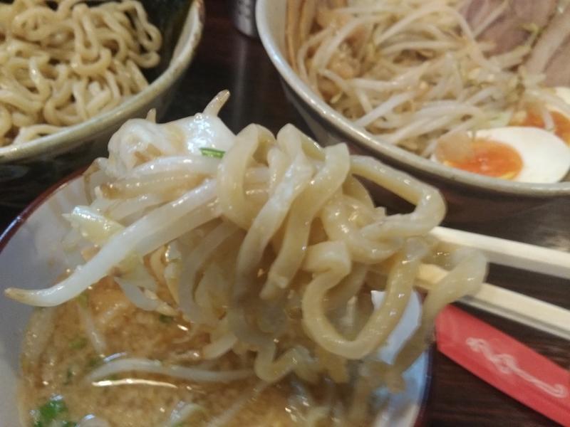 麺道 くろとん:つけG麺デラMAXジャンキー 実食②