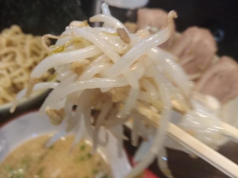 麺道 くろとん:つけG麺デラMAXジャンキー 具材投入