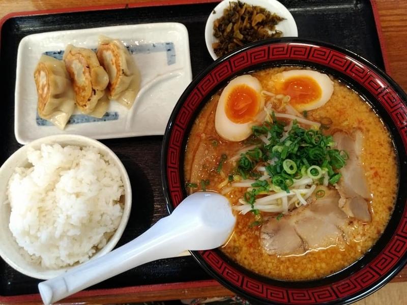 らぁ麺 悠心:辛みそラーメン+餃子ライスセット