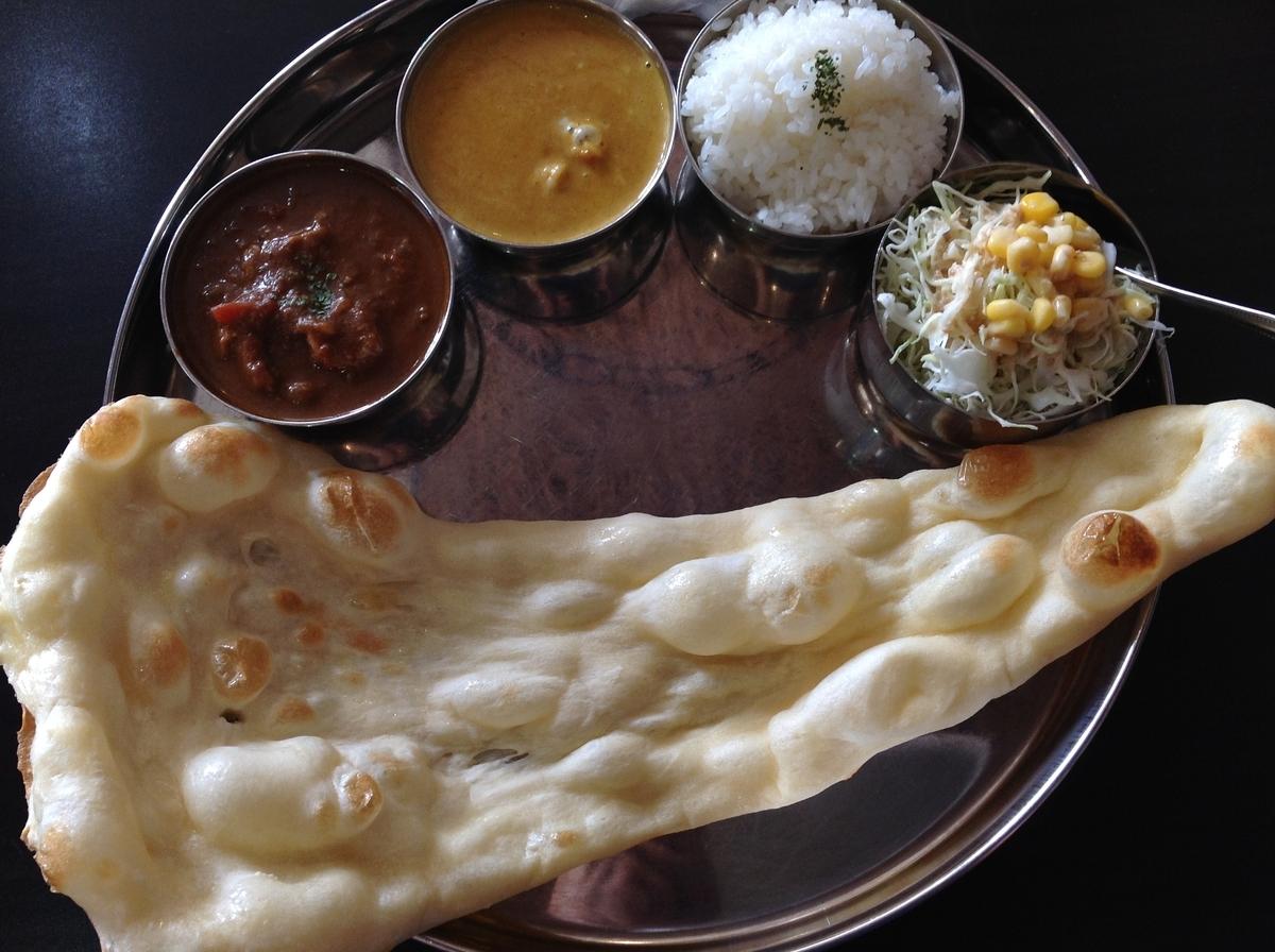 M's curry(エムズカリー):Bセット パキスタンチキンカレーとサンバルカレー