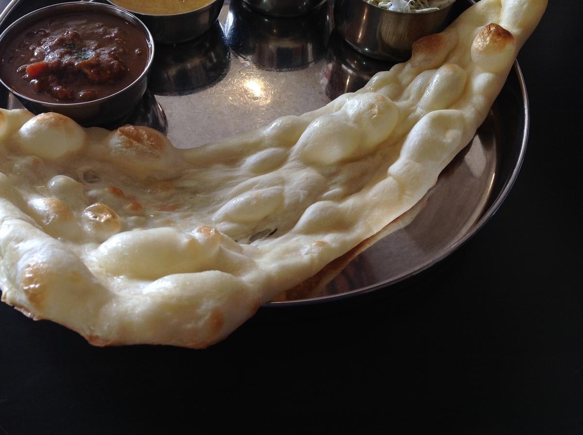 M's curry(エムズカリー):ナン