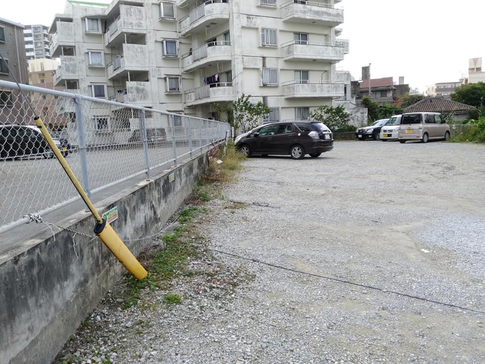 キングタコス 長田店の駐車場への行き方:駐車場