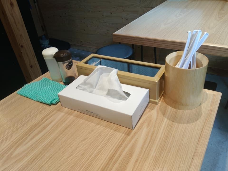 Noodle Dining 麺D(ヌードルダイニング メンディー):テーブル席