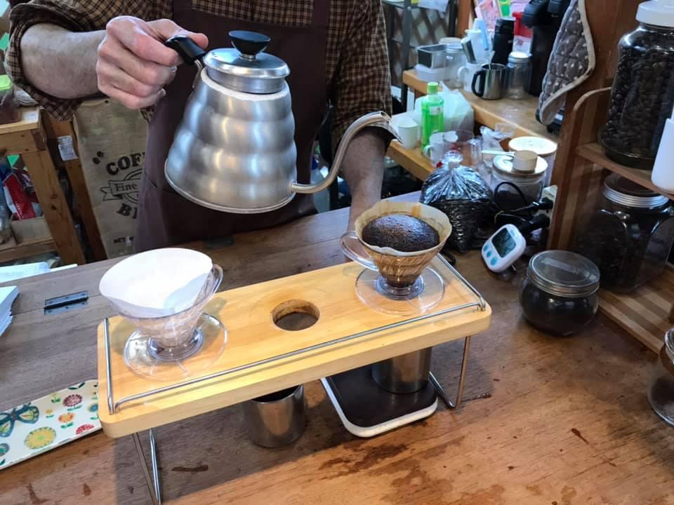 DripCafe:コーヒードリップ中