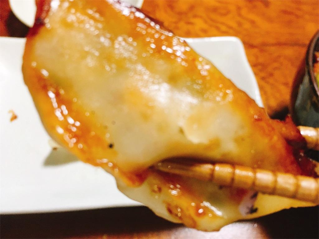 セブンイレブン焼き餃子のアップした写真