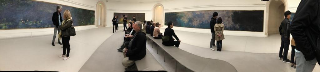 オランジュリー美術館内の様子