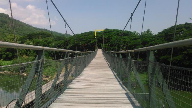タンパルリの吊り橋