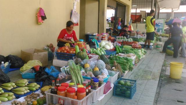 タンパルリのマーケット