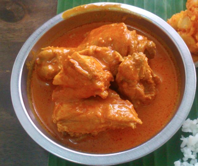 Sri Latha スリラタのチキンカレー
