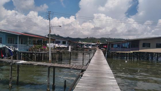タンジュンアルの水上集落