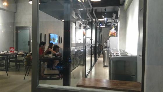 アピアピセンターのランドリー&カフェ