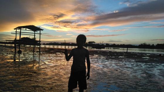 コタキナバルでカヤック体験と少年