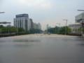 台北探索館前の道路。とにかく広い。