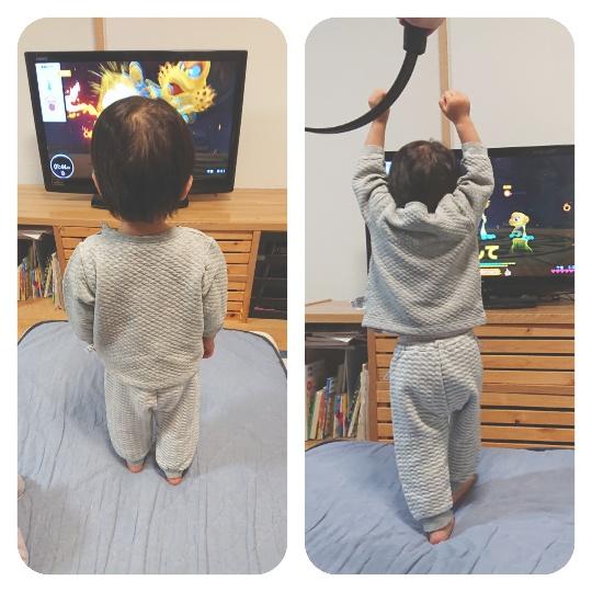 2歳児がプレイしている写真