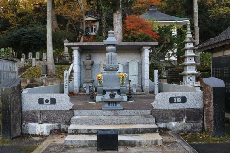 妙慶寺にある真田幸村の娘お田の墓(秋田県由利本荘市岩城)