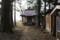 大曲城跡に建つ八幡神社(後ろは丸子川)