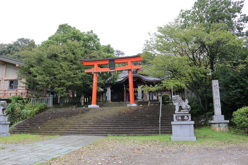 新田義貞を祀る藤島神社(宮司は新田氏の末裔)