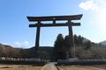 1889年まで熊野本宮大社があった大斎原(中洲)に建つ大鳥居