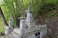 望月氏の墓(九曜紋)