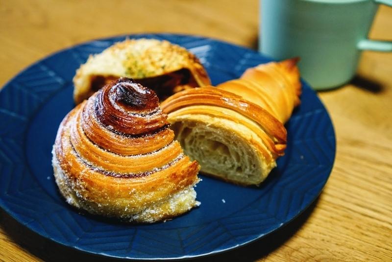 瑞穂区のブーランジェリー涼太郎のパンのシナモンロールはクロワッサン生地で美味しい