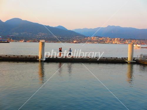 Vancouver_harbour.jpg