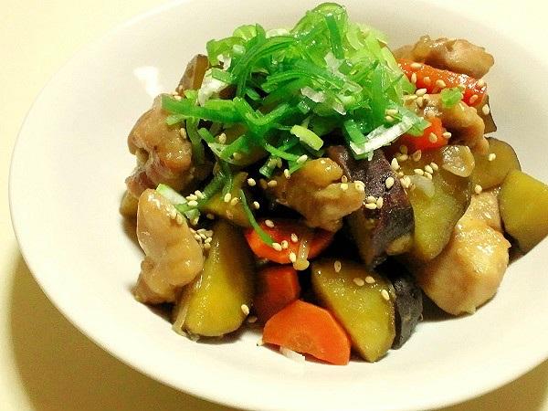 サツマイモと鶏肉の甘辛炒め