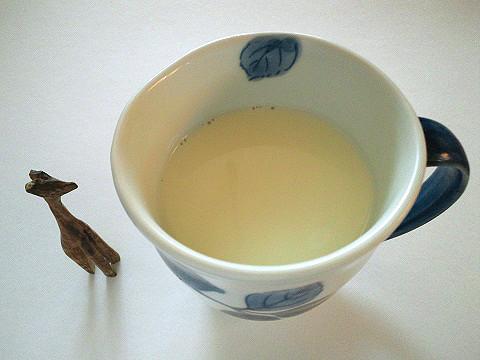 マグカップに牛乳