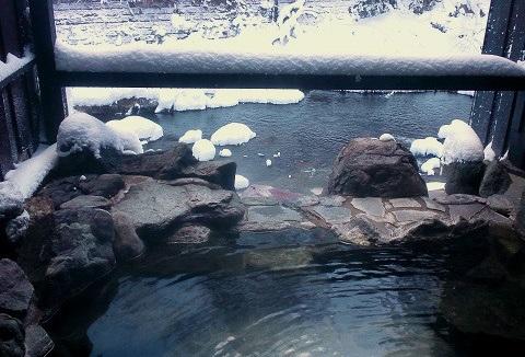 湯西川温泉 揚羽〜AGEHA〜(平家の庄)雪の露天風呂