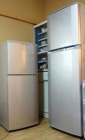140Lと230Lの冷蔵庫