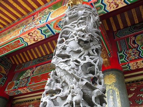 龍鳳柱 聖天宮