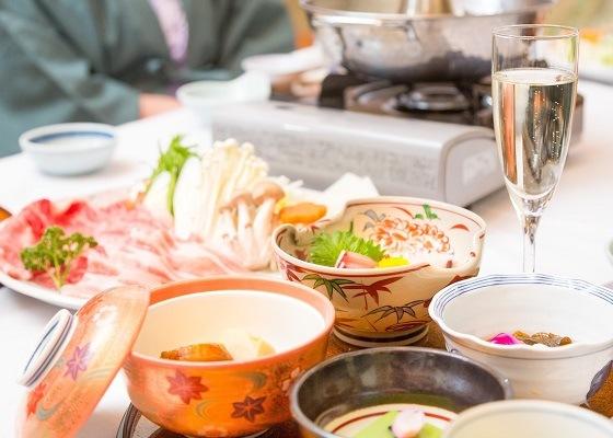 温泉宿の夕食