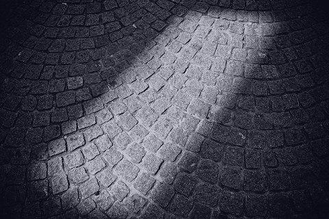 夢で見た穴の底