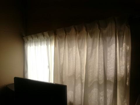 倉庫の2階の窓