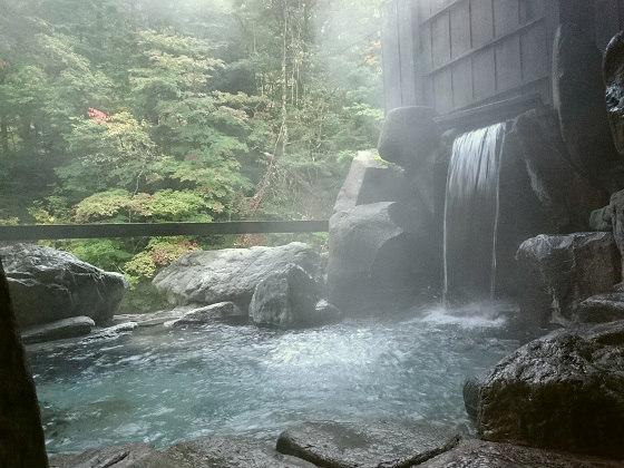 湯西川温泉の露天風呂