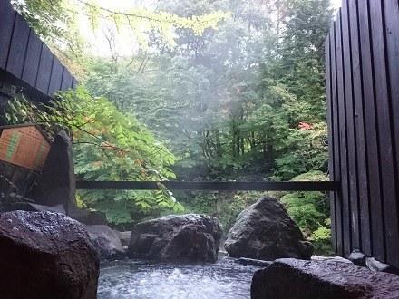 10月の露天風呂:湯西川温泉