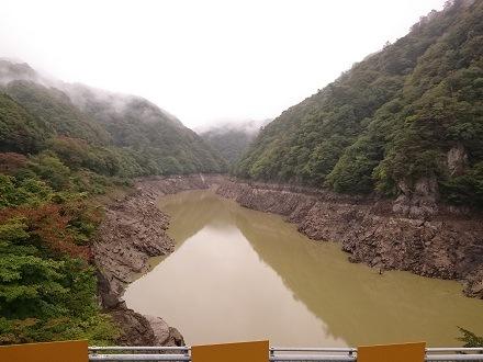 2017年10月の五十里(いかり)ダムのダム湖 五十里湖