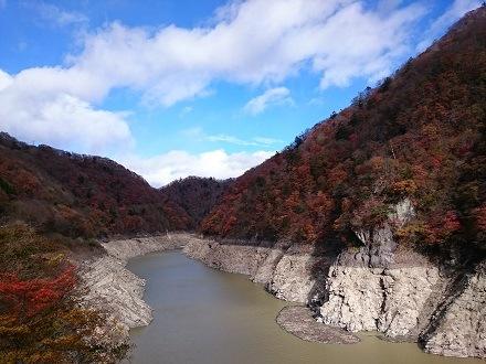 2017年11月上旬の五十里ダム上流側(五十里湖)