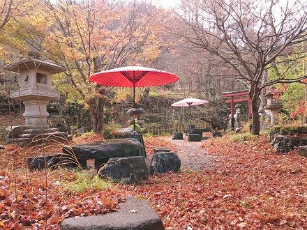 湯西川温泉 平家の庄 赤い庭