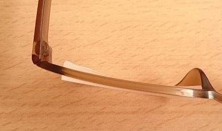 度数-8.00のフロメガ フレームとレンズの厚さ