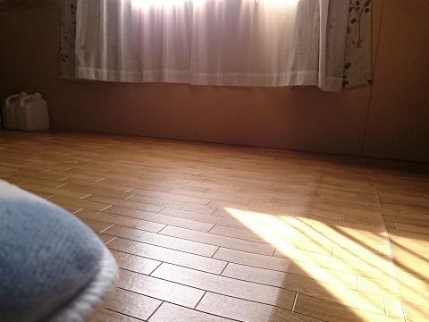 寝室の窓(倉庫の2階)