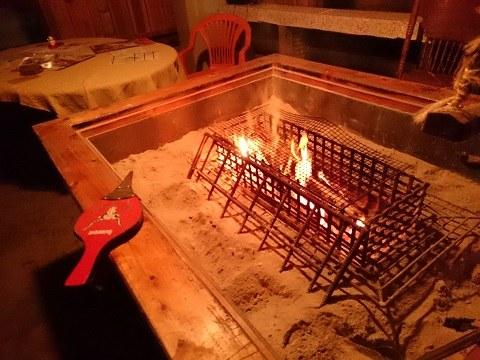 無料休憩所の火