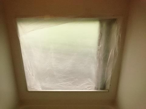 ビニール袋で断熱した後のお風呂の窓