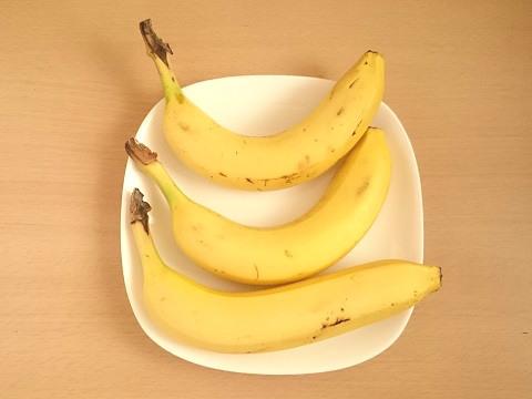 バナナを1本ずつバラバラにする