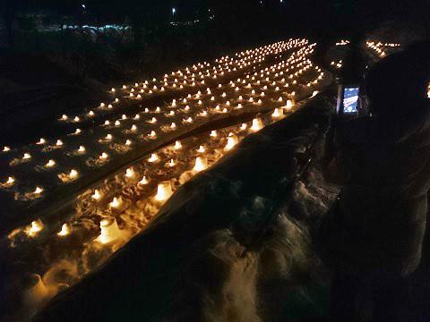 湯西川かまくら祭り ミニかまくらのライトアップ
