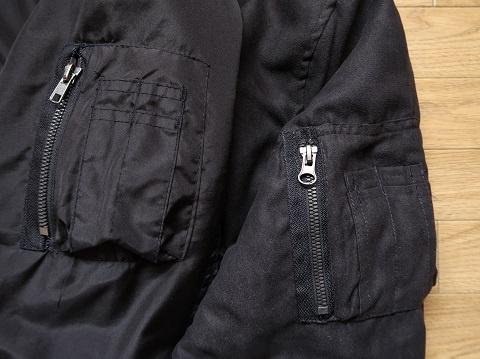 しまむらブルゾン左袖のシガレットポケット