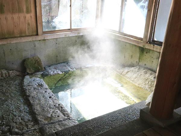 湯西川温泉 共同浴場 薬師の湯
