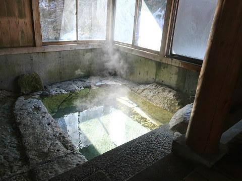湯西川温泉 薬師の湯 浴槽